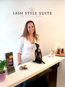 Möchten Sie mehr über mich erfahren? Ich bin Vivien Tüske, die erste Lashtrainerin des Lash Style Academy Teams in der Schweiz.